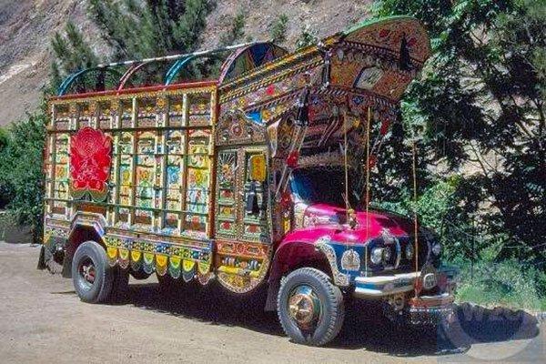 пакистанский грузовик