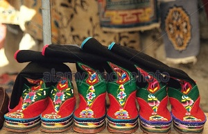 традиционная тибетская обувь
